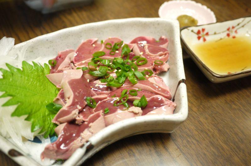 すすきの,澄川,地鶏,鶏,レバ刺し,エンマン醤油,宮崎,