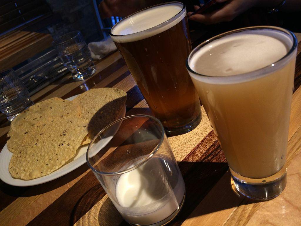 神田,ヒマラヤ テーブル,ビール,ネパール,インド,料理