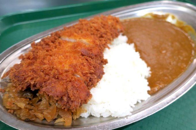 「ラッキーピエロ森町赤井川店」で食べたトンカツカレー(750円)