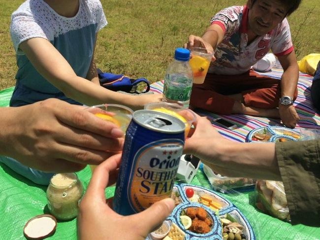 那覇,大人のピクニック,ビール,うみそら公園