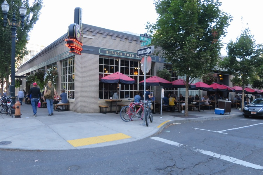 Deschutesbrewery,Publichouse,デシューツ,ポートランド,オレゴン