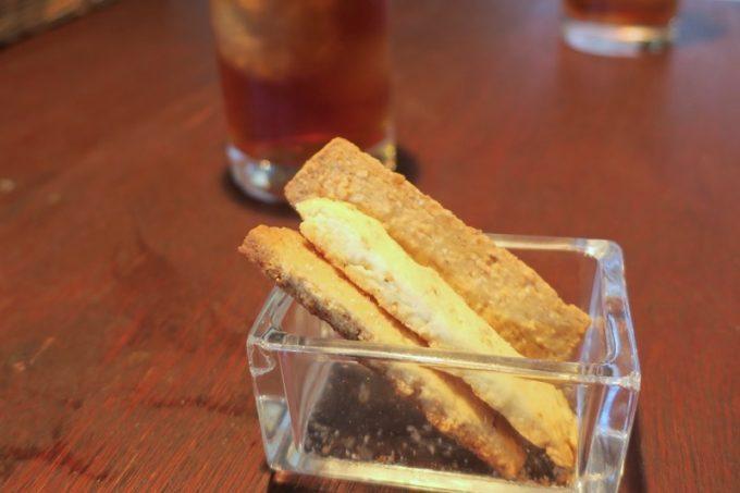 那覇・久茂地「グリーンパークカフェ(Green Park Cafe)」食後のクッキーもおいしい
