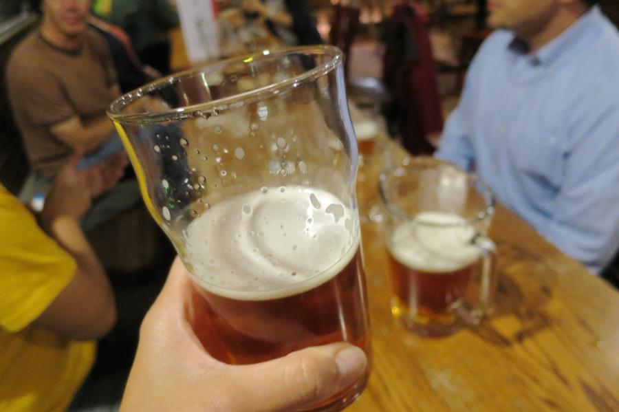 Lucky Labrador Brewing,Hawthorne Brew Pub,オレゴン,ホーソンブルーパブ,ポートランド,ラッキーラブラドールブルーイング