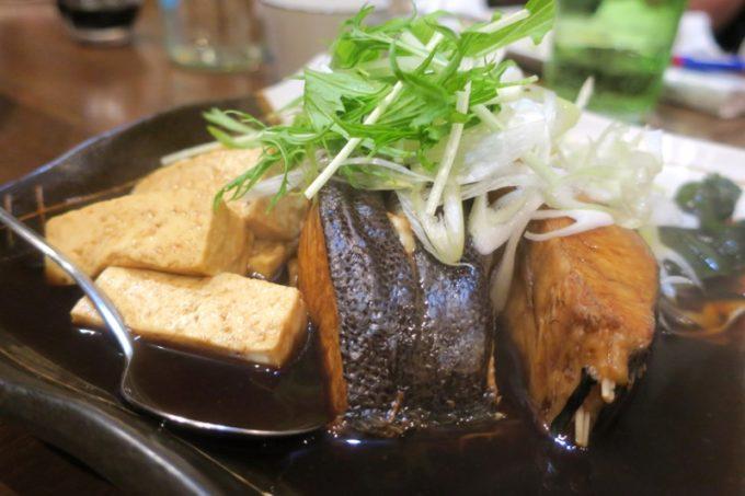 那覇・泊「いゆじ」マンビカーの煮付け(1450円)