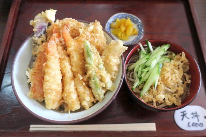 ランチの天丼セット(1000円)