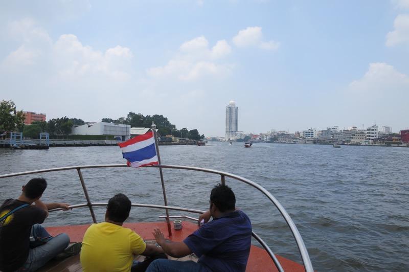 チャオプラヤーエクスプレス,水上バス,チャオプラヤ川,バンコク,タイ