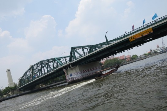 チャオプラヤーエクスプレス,水上バス,チャオプラヤー川,バンコク,タイ