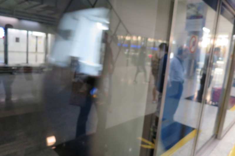 香港国際空港,乗り継ぎ,ディレイ,タイ,111