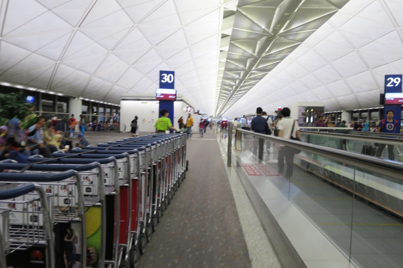香港国際空港,乗り継ぎ,ディレイ,タイ,96