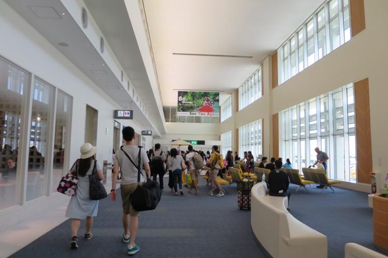 那覇空港国際線ターミナル,香港航空,トランスファー,乗り継ぎ,香港国際空港,91