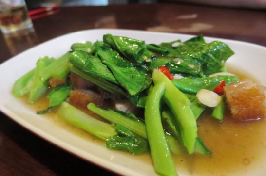 バーンイサーンムアンヨッ,バンコク,タイ料理