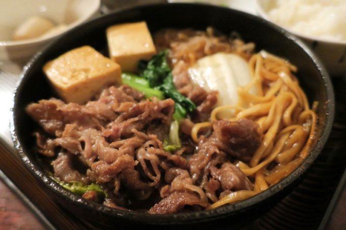 和牛すき焼き定食のアップ。