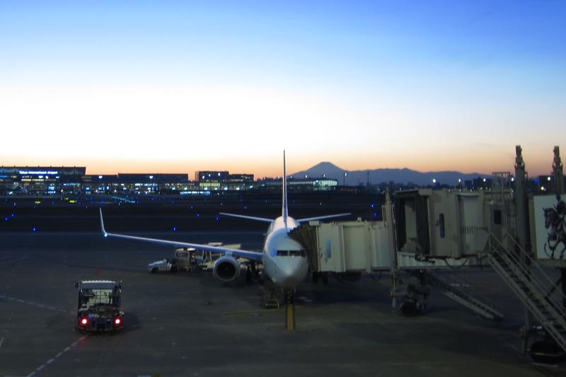羽田空港,スカイマーク521便,夕暮れの富士山