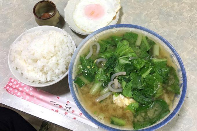 いっちゃん食堂のみそ汁(450円)