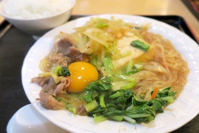 那覇・松山「お食事処みかど」のすきやき(750円)