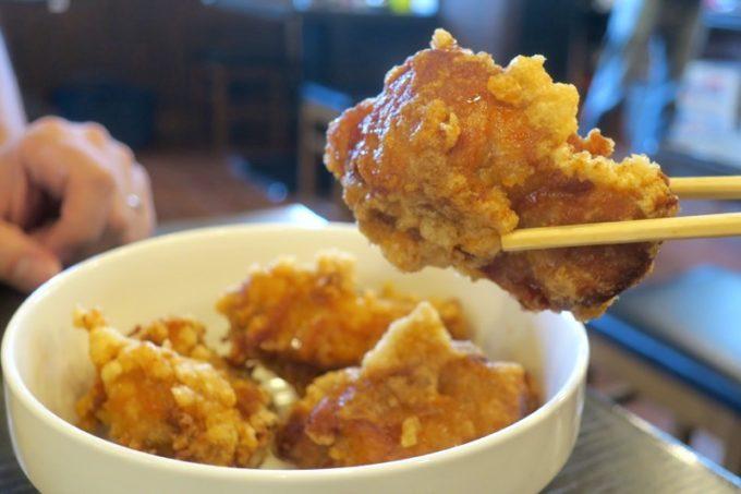 浦添「麺や偶 もとなり 牧港店」のカラアゲはサイズがデカい!