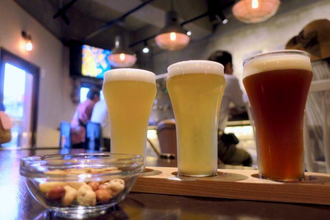 那覇・牧志「Beer bar Felt(フェルト)」樽生3種飲み比べセット(1500円)