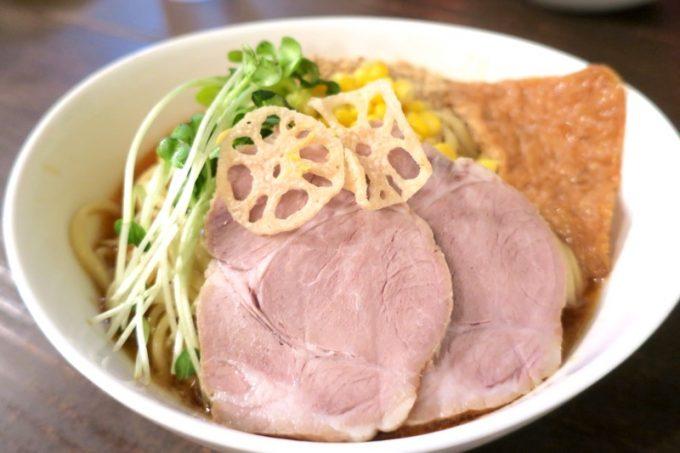 「琉球チルダイ」の胡麻味噌ロング麺(800円)の麺大盛り(+100円)