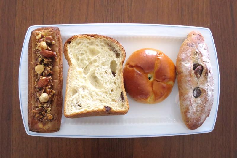 「秀のぱん工房 窯」で買ってきたパン4種類
