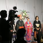 沖縄の結婚披露宴にはカメラが多い。