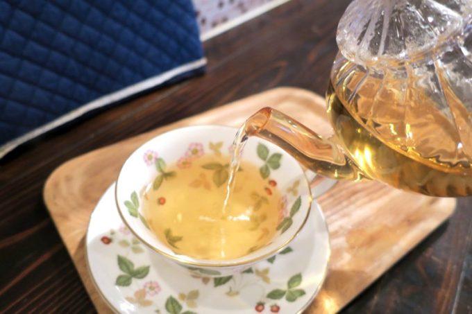 ヌワラエリヤという紅茶は、緑茶のような風味・味を感じる