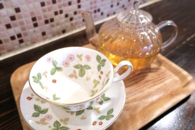 那覇・浮島通り「Cafe プラヌラ」スリランカの紅茶・ヌワラエリヤ(520円)