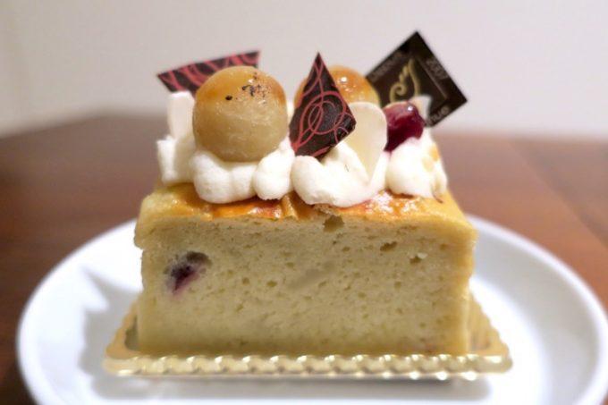那覇・真嘉比「Cake cafe Piednue(ピエニュー)」プリンセス♡スイートポテト(380円)