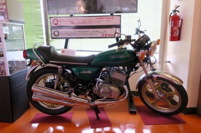 店内には往年の中型バイクが並んでいた(その2)