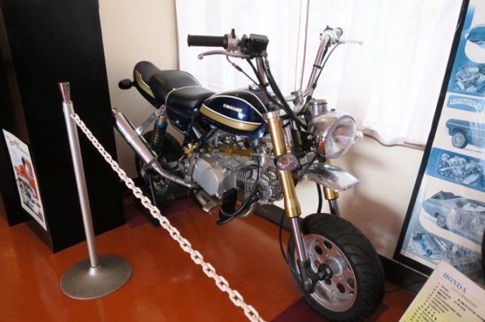 店内には往年の中型バイクが並んでいた(その3)