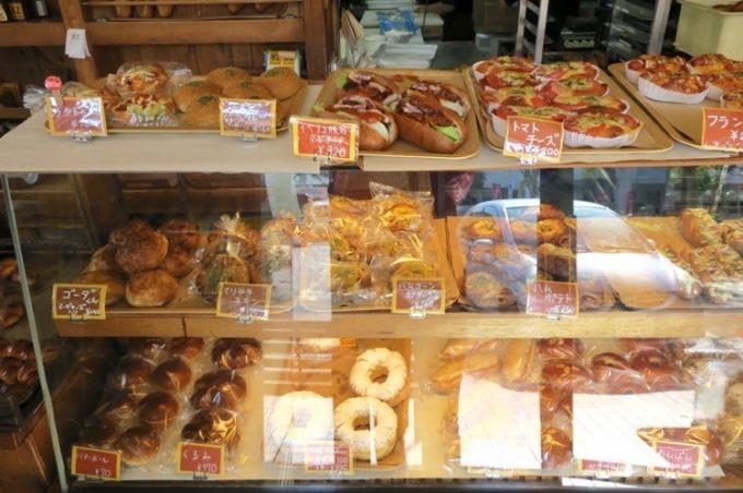 「BOULANGERIE BZ(ブーランジェリービズ)」で販売されている様々なパン(その1)