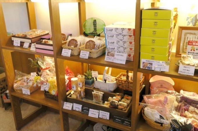 ギフト用の焼き菓子も販売しています