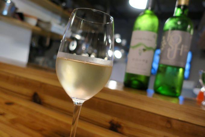 「和飲食堂」シャトー酒折 甲州ドライ(グラス600円)