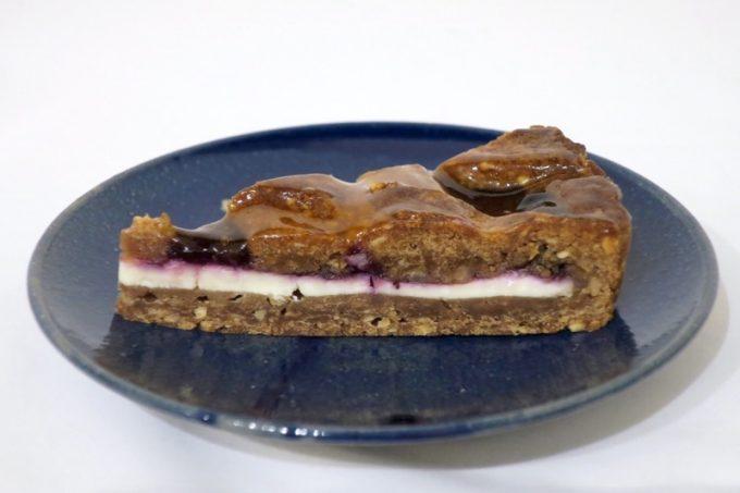レーゲンスの人気No.1ケーキ、リンツァートルテ(340円)を食べてみた。