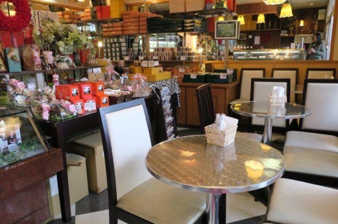 宜野湾「ドイツ菓子 Regens(レーゲンス)」の店内