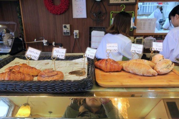 レーゲンスではドイツパンも売られている