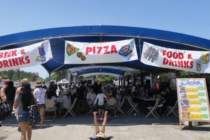 オクマビーチフェストの飲食スペース