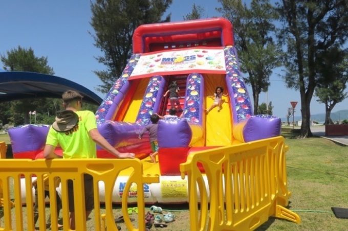 子供に人気の移動式遊園地「ファンランド」(その5)