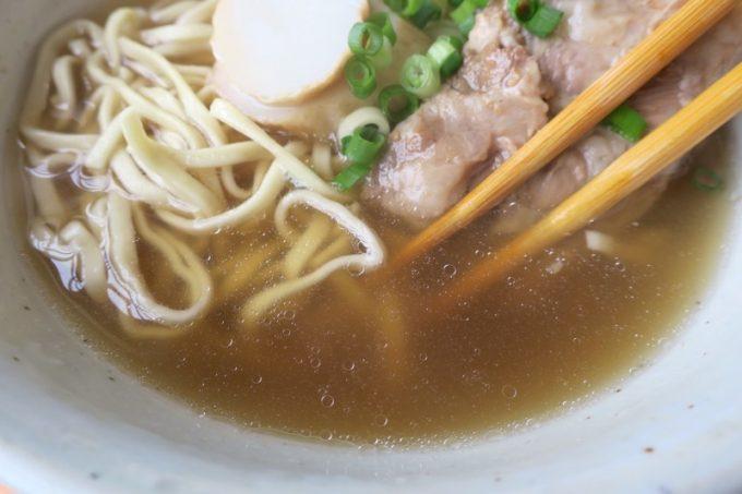 スープはかなりあっさり系、味付けも優しい。
