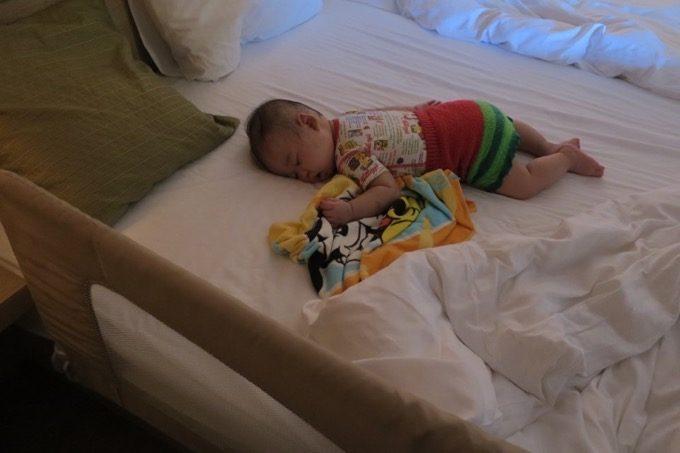 子供向けにベッドガードを借りることができた。便利。