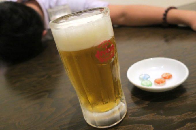せんべろ1杯目はビールにした。