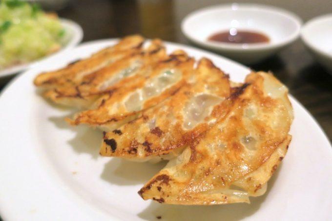 「アジア麺 樹」の焼き餃子(5こ、300円)