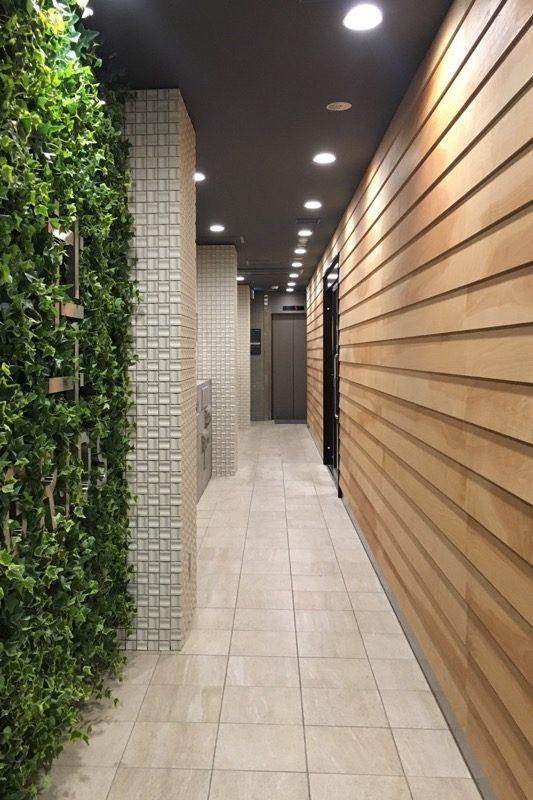 「グリッズ札幌ホテル&ホステル」のエントランス