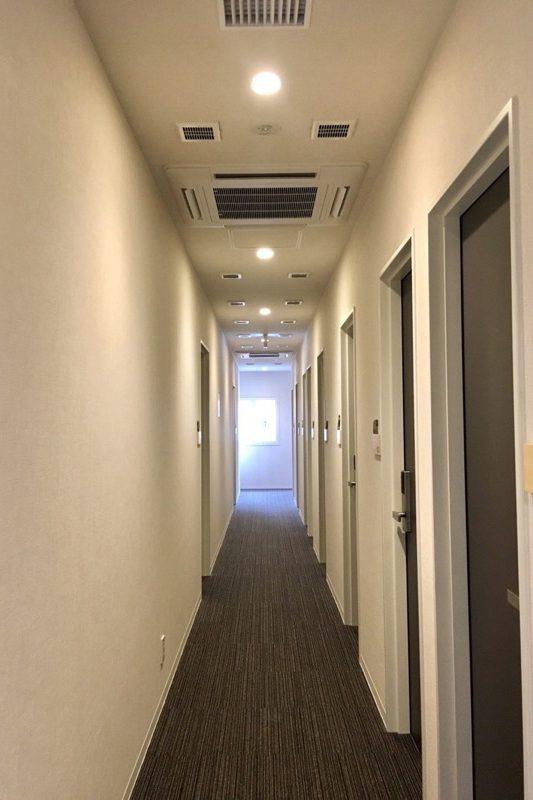 5階客室側の廊下