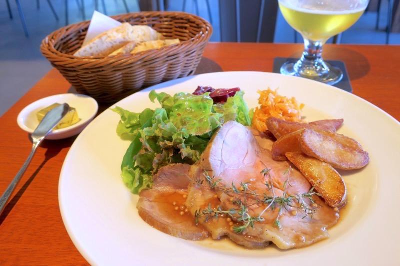 Choice Deli Lunch(1200円)はメインが選べたので、ローストポークをチョイス。