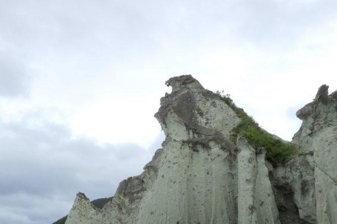 堂々と空を見上げる鷲のような岩竜岩が気に入った。