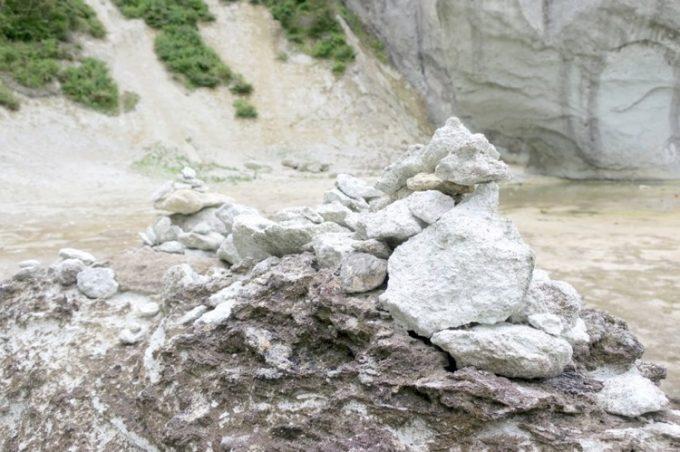 仏ヶ浦にもあった積み石。
