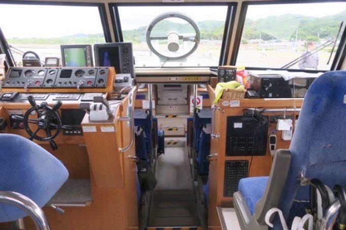 観光船サイライト号の操縦席。