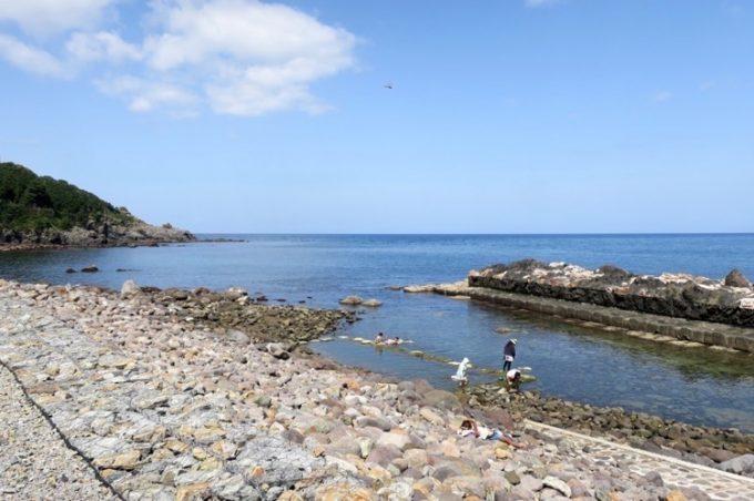 「水無海浜温泉」の天然露天風呂(その2)