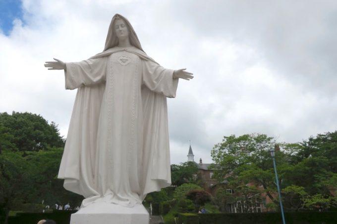 「トラピスチヌ修道院」にある慈しみの聖母マリア