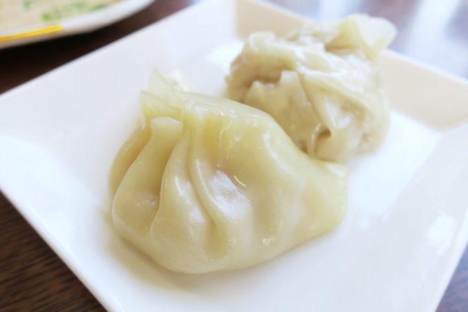 天津飯セットについてきた蒸し餃子と肉シューマイ。